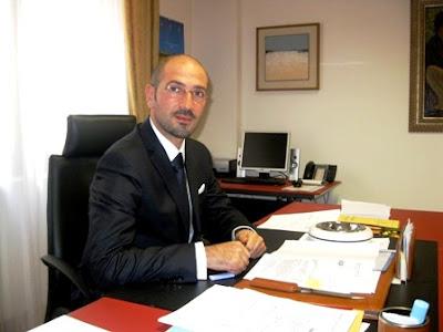 L'assessore Gianluca Marino, indagato per voto di scambio con la 'ndrangheta, in una foto tratta dal suo blog.