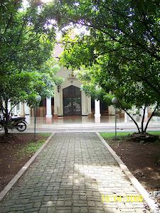 Foto lengkap Masjid RAUDHATUL JANNAH klik gambar ini.