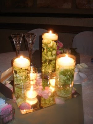 submerged flower centerpieces. DIY Centerpieces