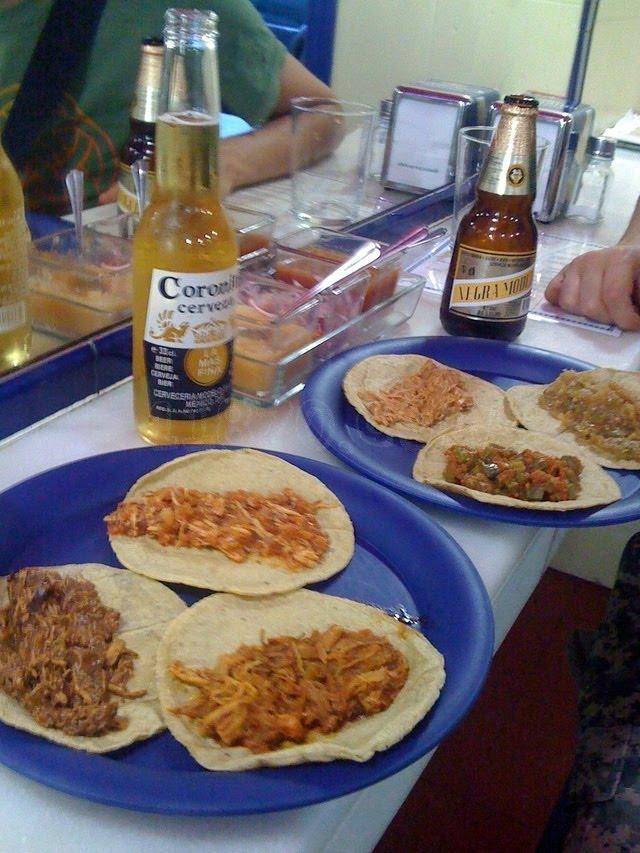 Taqueria El Azteca Food Truck Menu