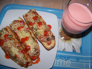 Bruschetta With Paprika & Cheese
