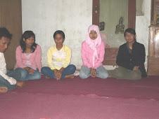 Ranti, Siti, Nana dan Lisa