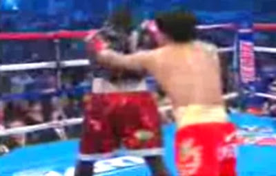 Manny Pacquiao 2 hands, Manny Pacquiao 2 handed, Manny Pacquiao two hands, Manny Pacquiao two handed punch, Manny Pacquiao vs Joshua Clottey, Pacquiao two handed punch