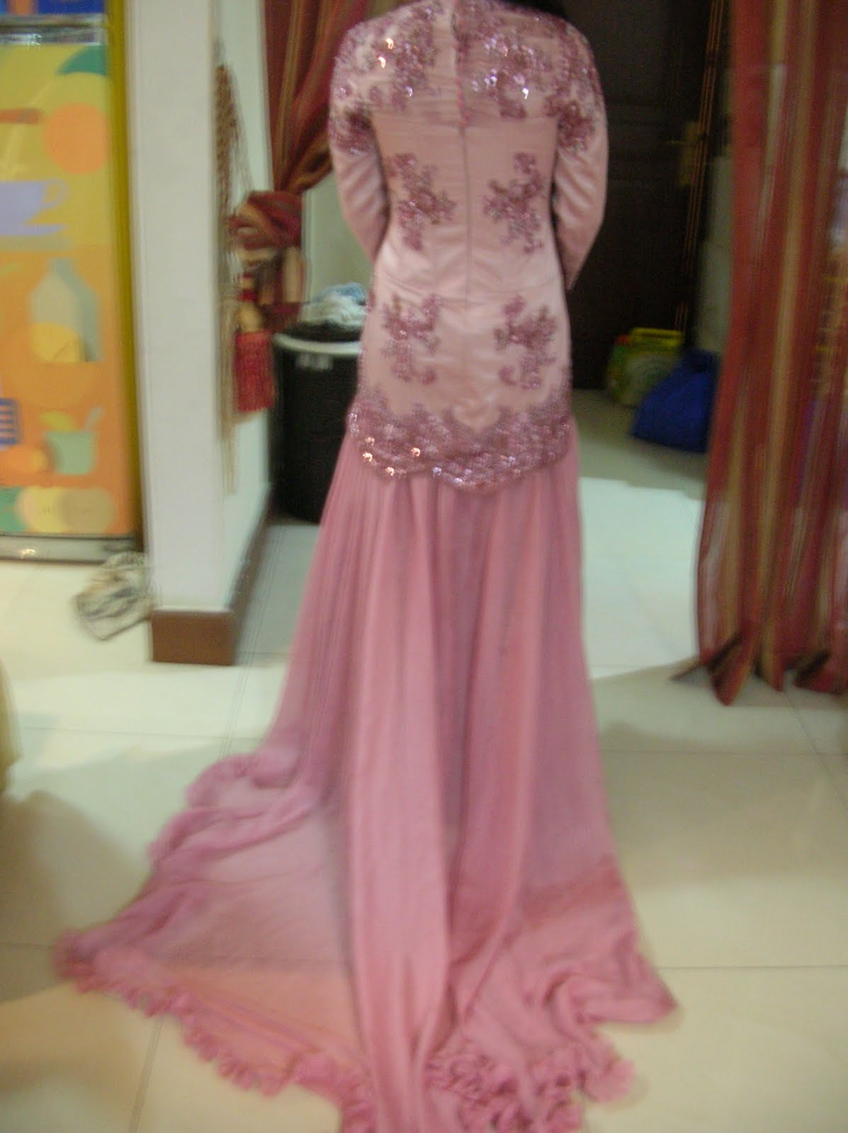 Budget Untuk Gaun Seperti Ini Termasuk Bahan Dan Jilbabnya