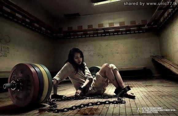 http://3.bp.blogspot.com/_EHi0bg7zYcQ/TI62eLa-R1I/AAAAAAAAB8k/6LSr1vx9jiw/s1600/banned_ads_26.jpg