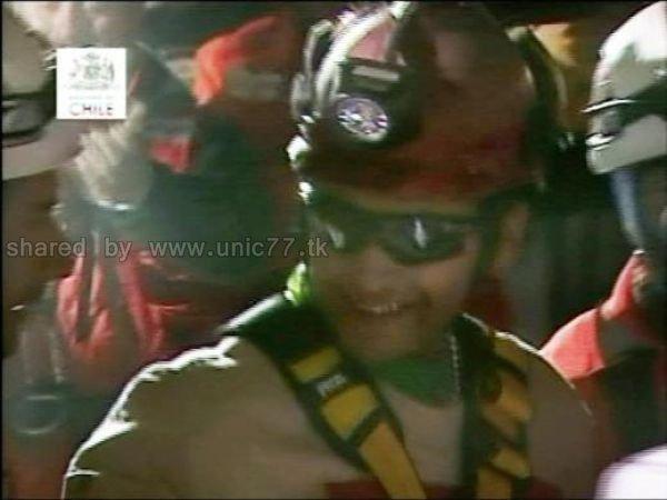 http://3.bp.blogspot.com/_EHi0bg7zYcQ/TLkuD0mo6HI/AAAAAAAANrk/qlO_dV2VcG4/s1600/amazing_rescue_after_640_07.jpg