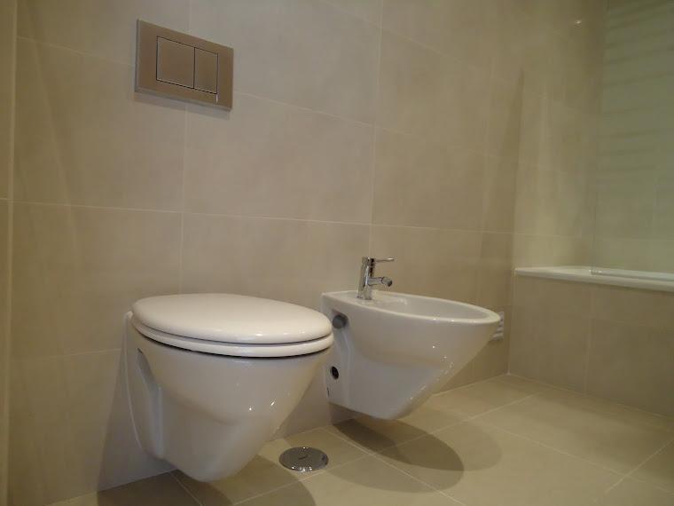 Casa de Banho - Sanitários Suspensos