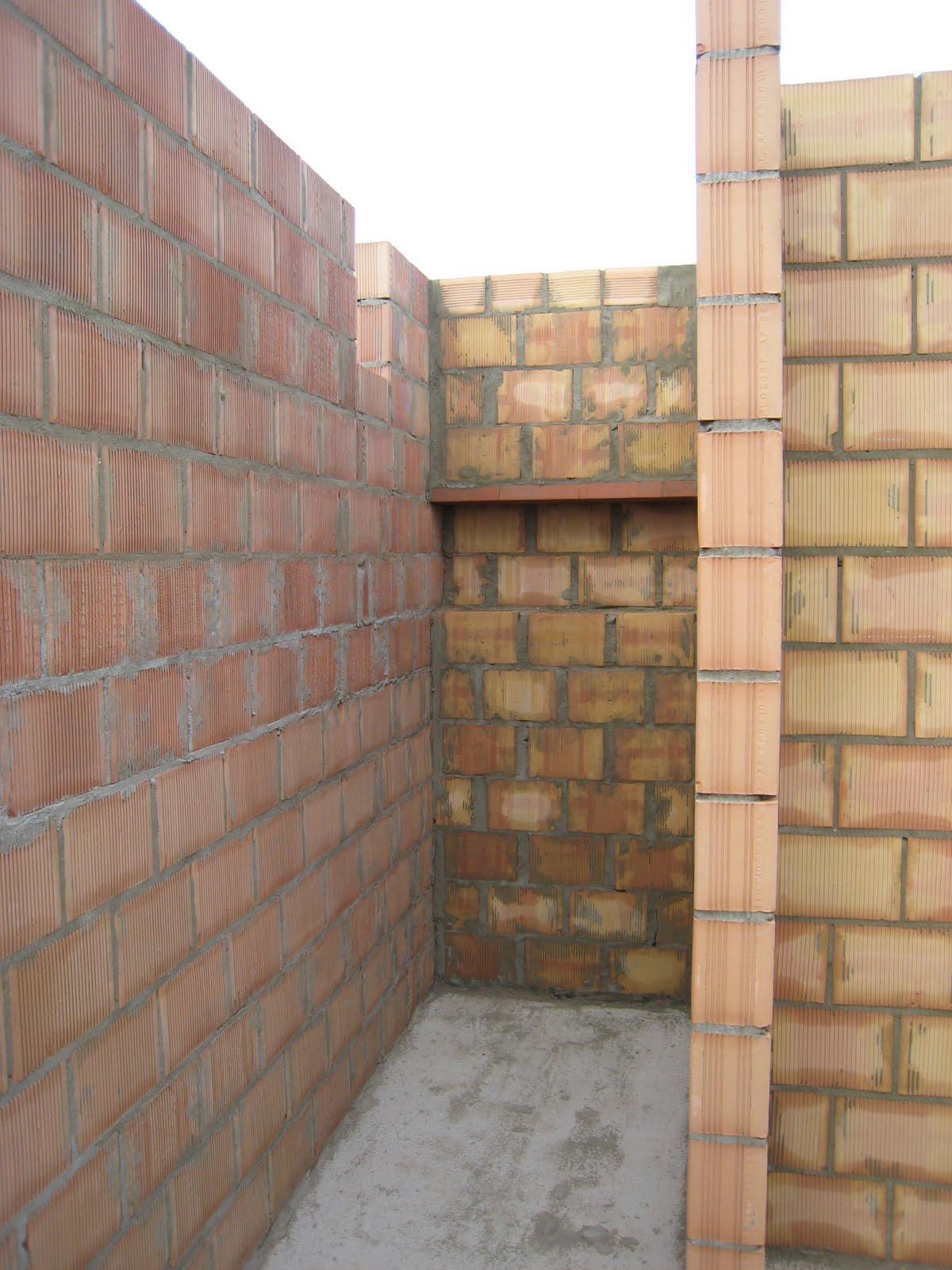 douche: nis in de muur in badkamer boven | Bouwinfo