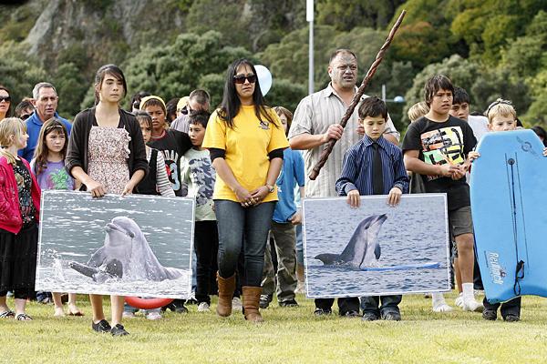 Похороны дельфина Моко