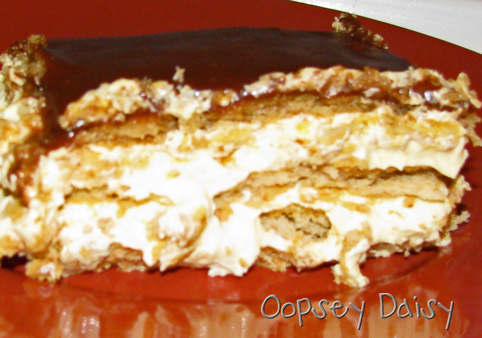 Chocolate Eclair Cake {Yum!} | Oopsey Daisy