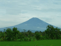Letusan Gunung Slamet Bisa Membelah Pulau Jawa