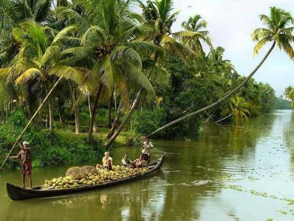 kerala alleppey2 Things i noticed in 3 days in Gods Own Country (Kerala)