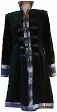 Abrigo de terciopelo verde y patchwork de seda