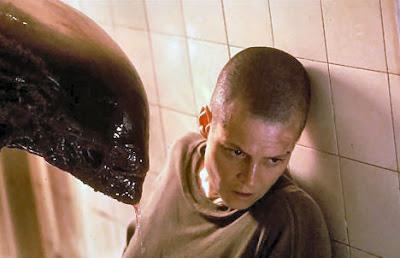 http://3.bp.blogspot.com/_EOZ3Fojyhf0/SiaVr-6bvnI/AAAAAAAAARg/7C6xPKvsF0c/s400/Alien-3-2.jpg