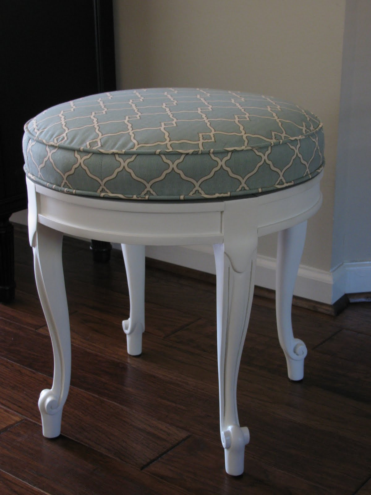 Our Creative Life Garage Sale Furniture Makeover