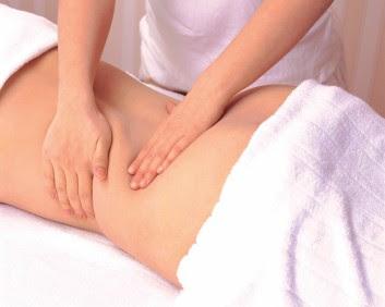 Massagem modeladora turbinada ajuda a combater a gordura localizada