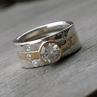 moissanite wedding ring