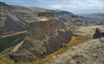 Palouse River Canyon Buttes, shaped by the Ice Age Floods.