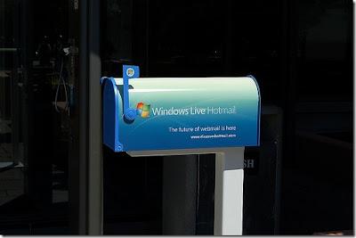 hotmail mailbox: