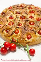 Focaccia con pomodorini