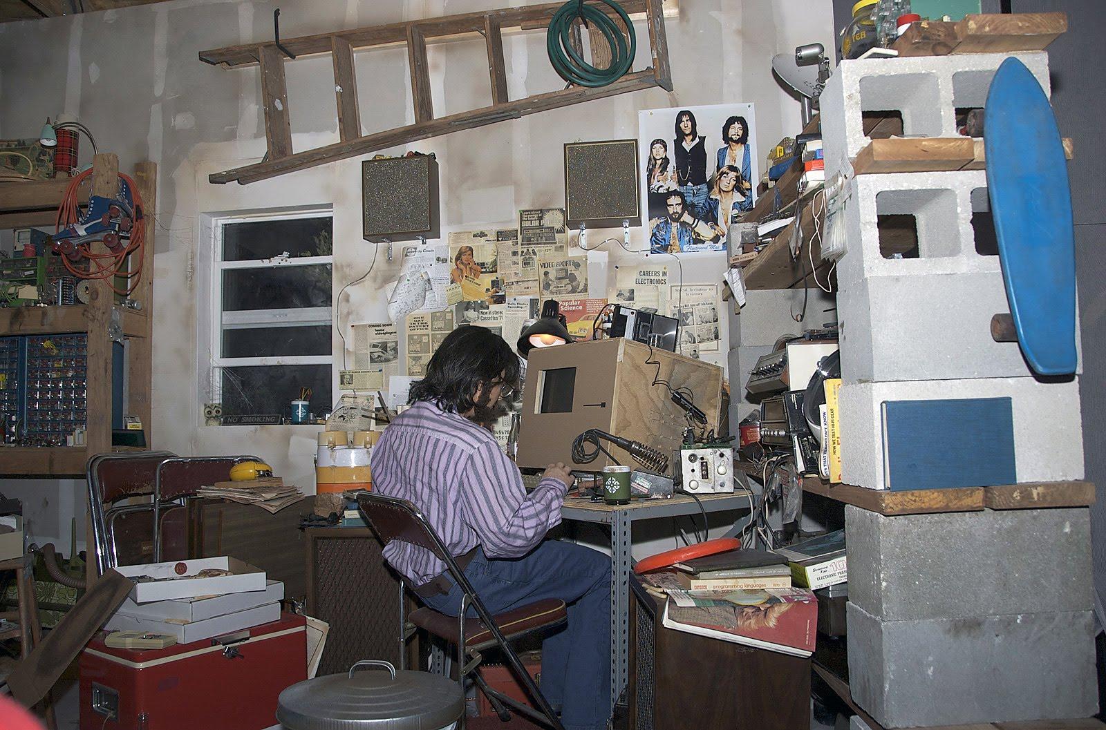 Читать рассказ за гаражами 5 фотография