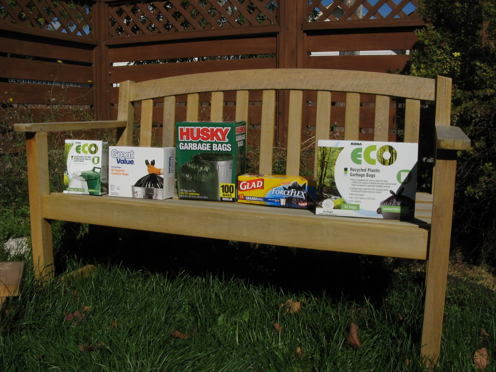 Landscaping Ties Rona : The rona eco compostable and biodegradable bags for garden waste