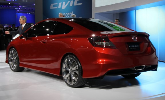 Honda Civic Si Coupe and Civic