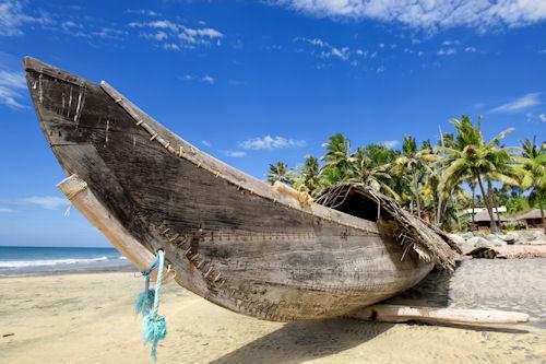 Bote de madera | Wooden Boat