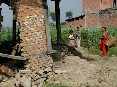33 fotografías de Nepal muy cerca del Himalaya en China
