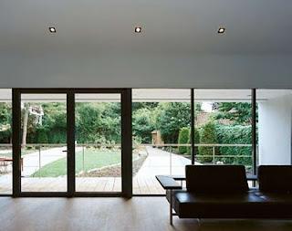 Moderna Casa con diseños esculturales en un Bussum Villa Lush