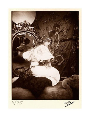 Modeling for Alphonse Mucha