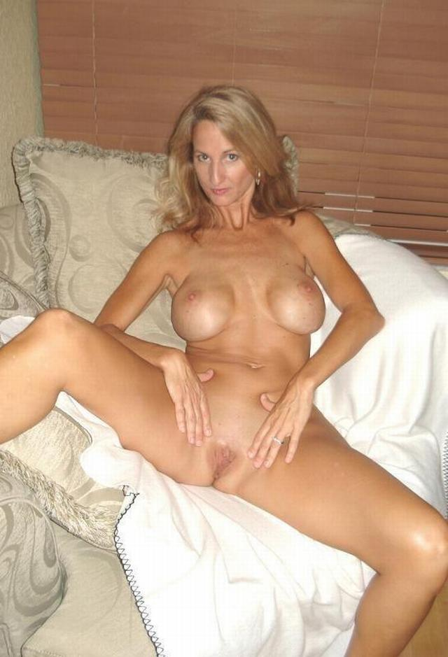 Hot Cougar Porn