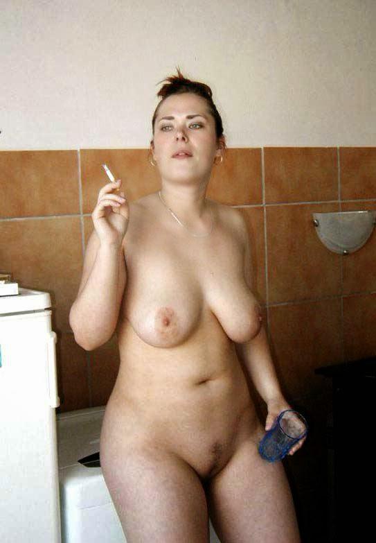 Фото голых баб в халатах