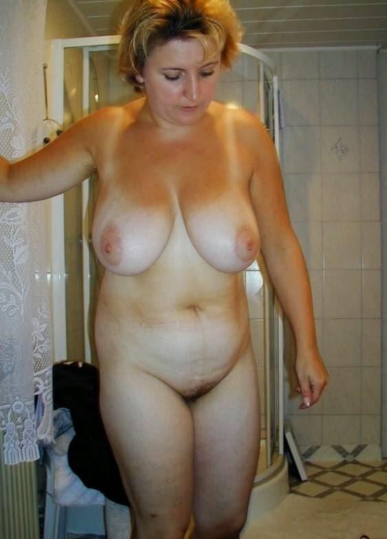 девушки за 40 голые фото