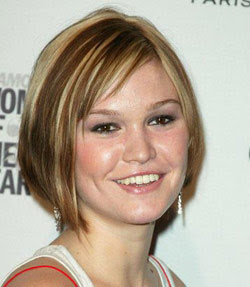 Julia Stiles has a round face shape