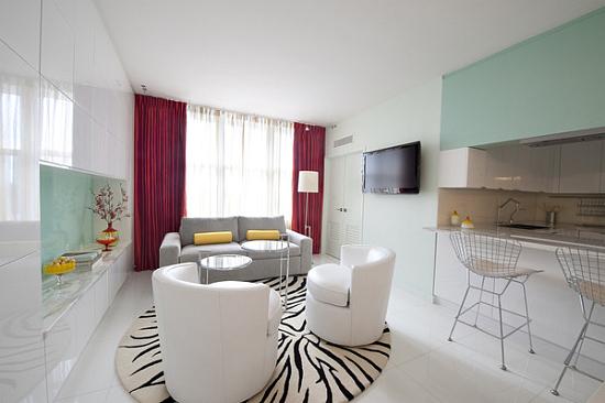Miami beach apartment interior design ideas by avram rusu for Beach apartment decor