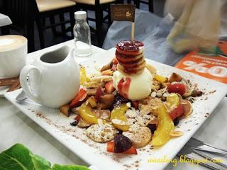 Paddington House of Pancake - Meal Number 703