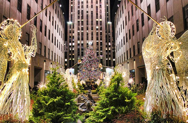 Rockefeller Center is all dressed up for an elopement