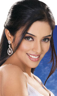 SouthIndian Actress Asin Birthday Celebration on Oct 26.
