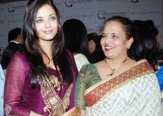Exclusive collection of Aishwaraya Rai with here mother Vrinda Rai