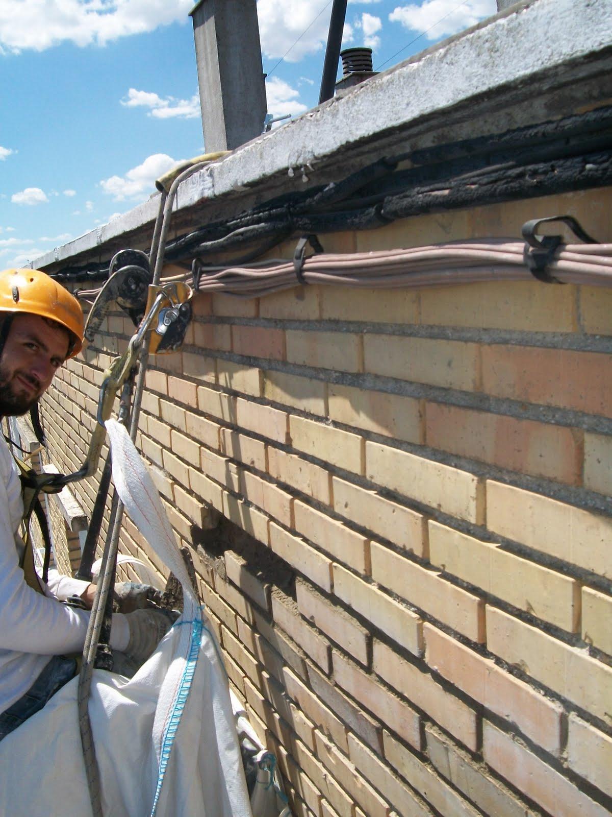 Reparar un tejado cambiar el tejado de la casa reparar - Cambiar tejado casa antigua ...