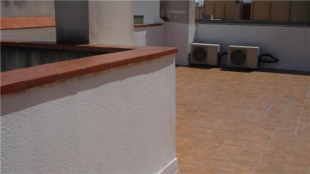 Suelo terraza impermeabilizar suelos de la terraza for Suelos de patios