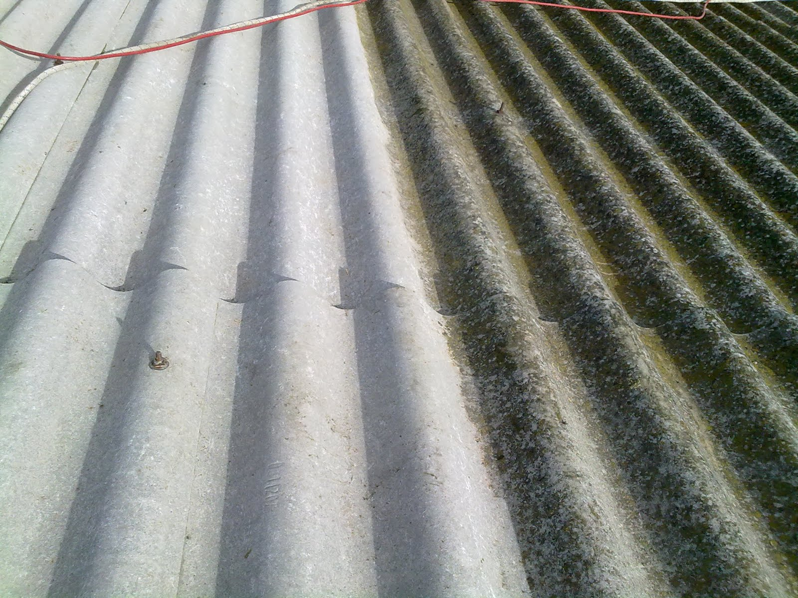 Reparar uralita reparar techo de uralita limpiar placas - Cambiar tejado casa antigua ...