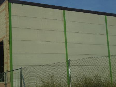 Muros linderos lindes linderos de hormig n hormig n prefabricado construccion de naves con - Muros de hormigon ...