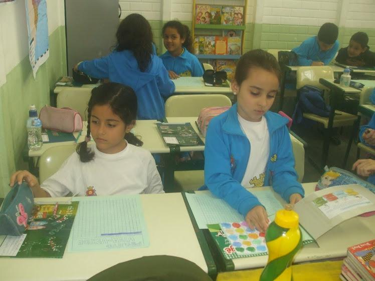 Concentração da Íris e da Gabriela Colsheraiba durante a Contagem - 28-9-10