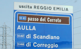 Salida de la autopista a Reggio Emilia
