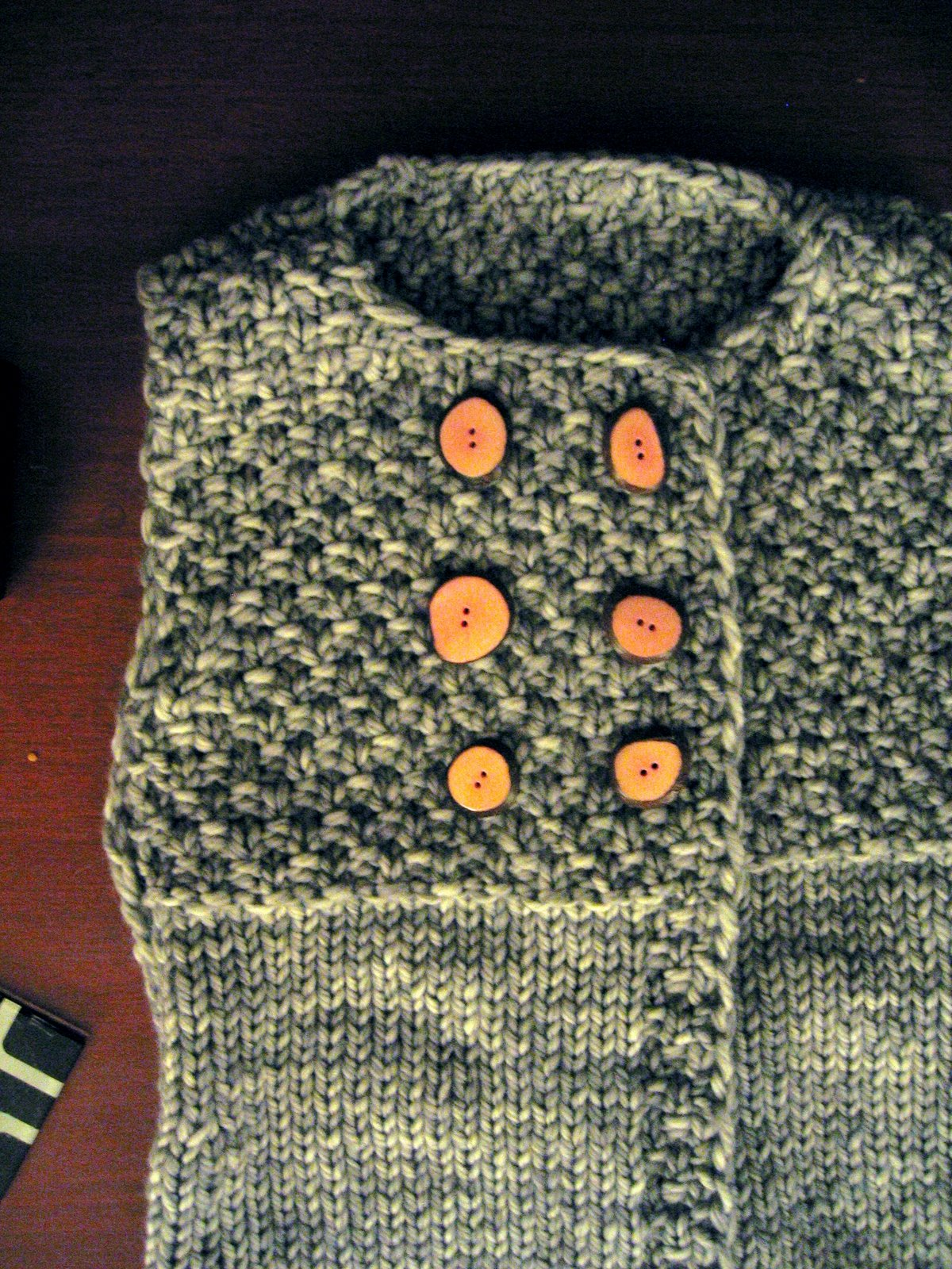[Anise:++Front+with+buttons]