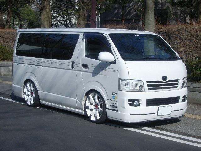 Customized Toyota Hiace Vans >> pakajunk: Toyota HiAce Custom