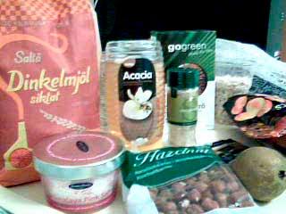 Havregryn,dinkelmjöl,linfrön,sesamfrön,aprikoser,hasselnötter,bikarbonat,Himalaya Pink Salt, yoghurt,päron, Acaciahonung