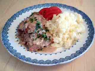 Schnitzlar med pressad potatis